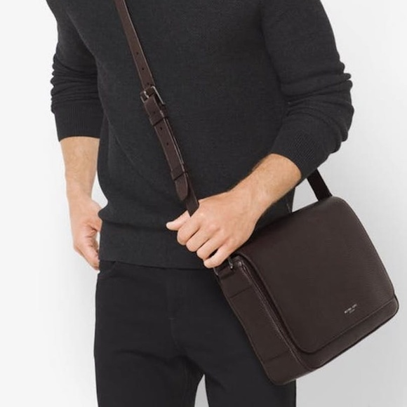 a5a06d967323 NEW Michael Kors Men leather Utility crossbody bag